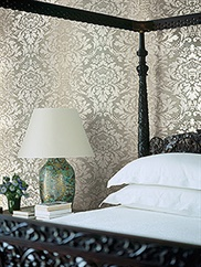 damask-folio wallpaper room scene 2